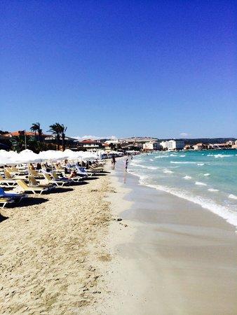 Sheraton Cesme Hotel Resort & Spa : Beach