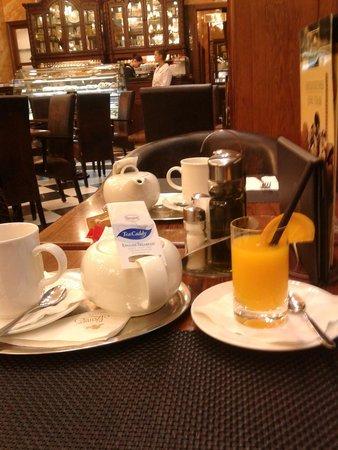Szamos Gourmet Ház - Váci utca: tea is ready