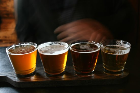 The Wood Restaurant and Lounge: Beer sampler