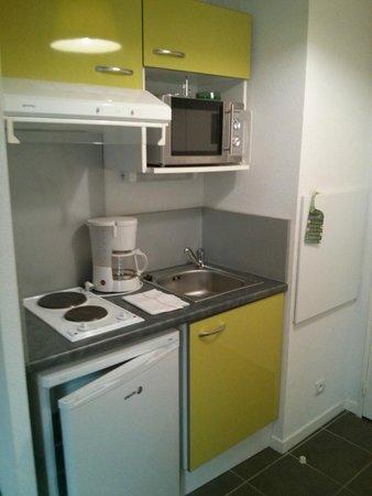 All Suites Appart Pau : Cocina