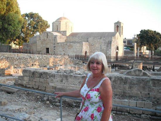 Kissos Hotel: St Pauls Pillar Church Paphos