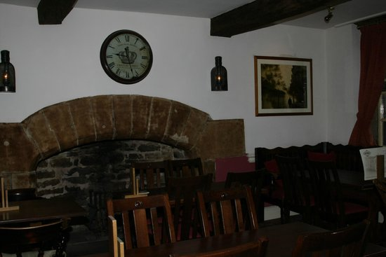 Haworth Old Hall Inn: The other fireplace