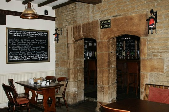 Haworth Old Hall Inn: we sat here to eat breakfast