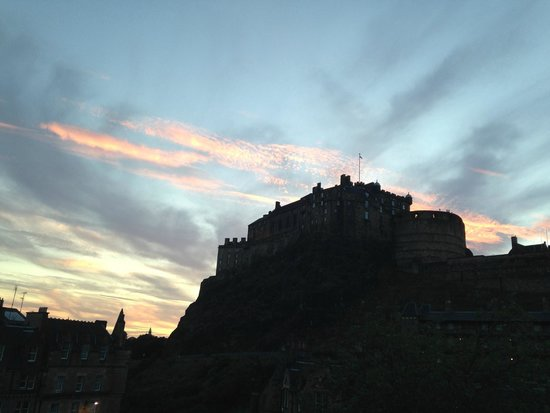 Apex City of Edinburgh Hotel: view from room at sunset