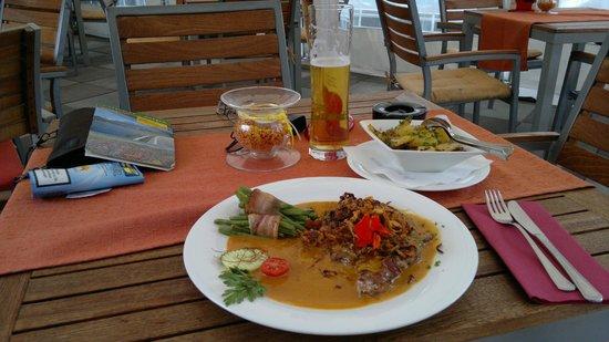 Hofer's Wirtshäusl: yummi beef for the first dinner