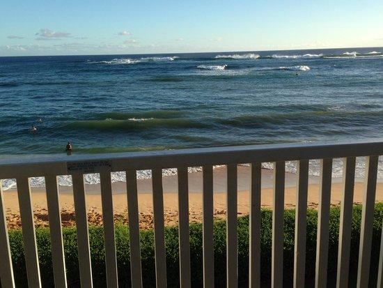 Kiahuna Plantation Resort: View from lanai Unit 195 Bldg 30