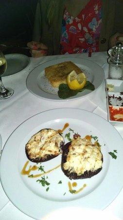 Aleka's Restaurant: Stuffed mushrooms changed my life...