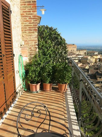 Meuble il Riccio : Other side of the balcony