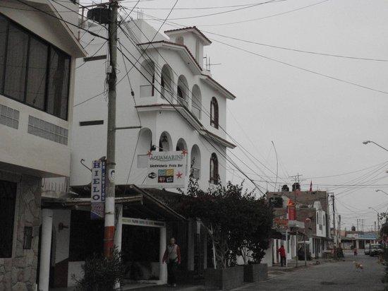 Hostel Santa Maria: L'esterno dell'altro edificio