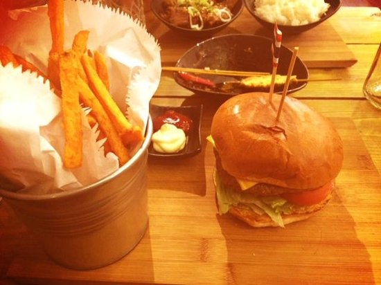 Paccata Crouch End: Korean Burger - £10.50