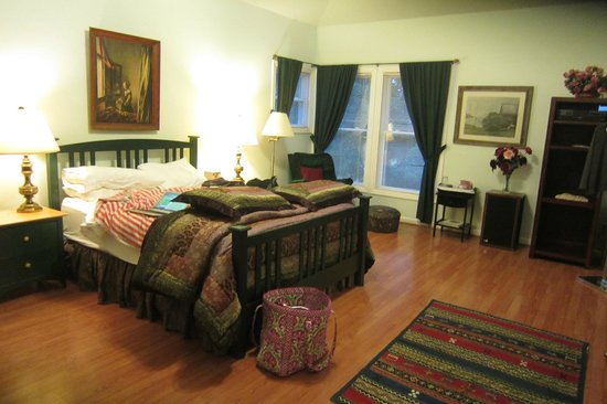 Pinnacle View Inn: Lee room