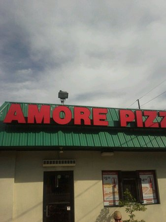 ‪Amore Pizza‬