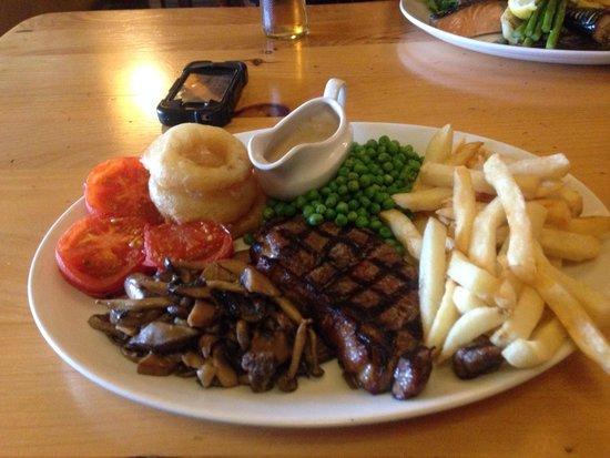 Rydon Inn : Sirloin steak