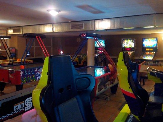 Yelloh ! Village Sylvamar: Salle de jeux