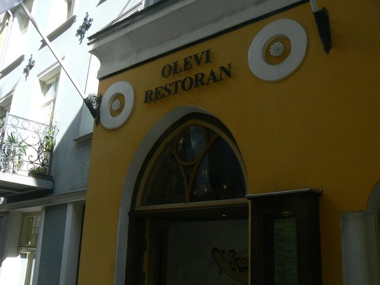 Olevi Restaurant: l'insegna