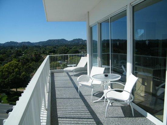The Beverly Hilton : Balcony