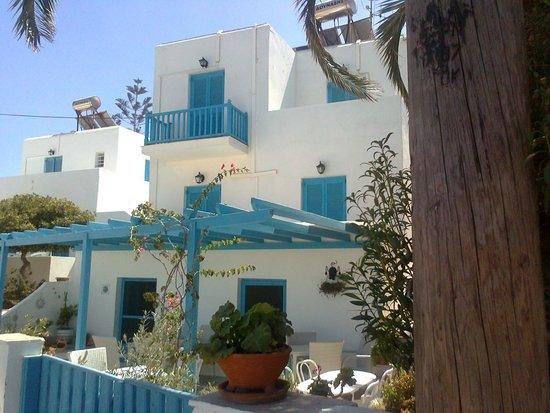 Villa Sophie: vue sur les chambres à l'extérieur