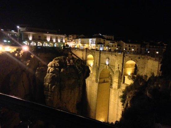 Restaurante Albacara: Ronda gorge at dusk