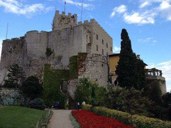 Дуино, Италия: Il castello