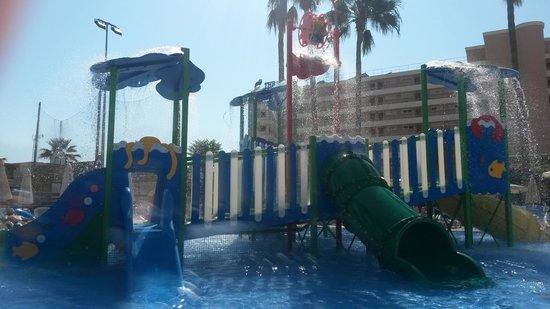 Hipotels Coma Gran Aparthotel : toddler pool