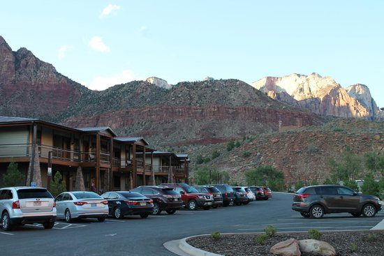 La Quinta Inn & Suites at Zion Park / Springdale : beautiful setting