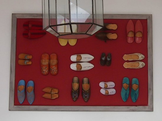 Riad Anyssates : loved this decor made from traditional shoes