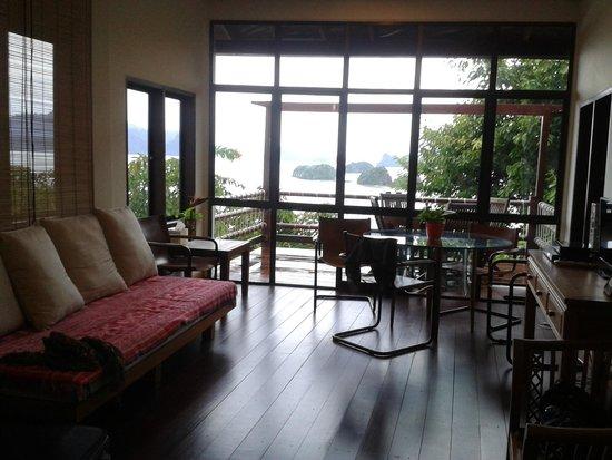 Sari Village Holiday Homes: Perfect lounge area