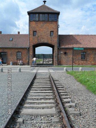 Best Western Efekt Express Krakow Hotel: Approach to Auschwitz 2 Birkenau