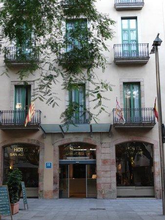 Hotel Sant Agusti: fachada del hotel