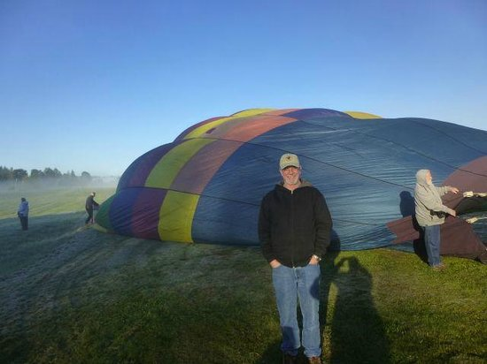 Airial Balloon Company: Getting ready to go up