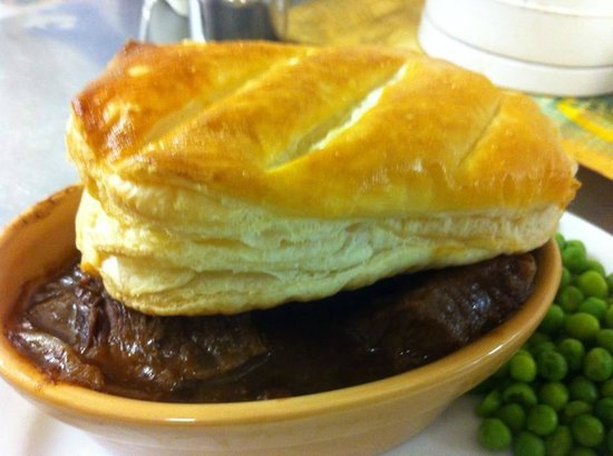 Welsh Steak & Guinness Pie with Puff Pastry Lid - Picture ...