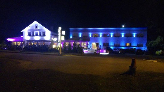 Auberge du Parc : eclairage leds multicolor