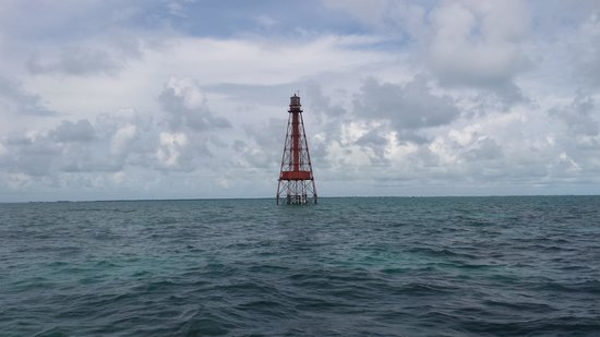 Spirit Snorkeling: The lighthouse. The only good picture we took while snorkling