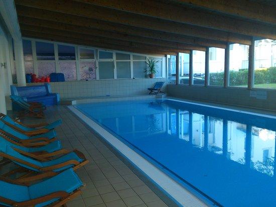 Hotel Vier Jahreszeiten Binz: Schwimmbad