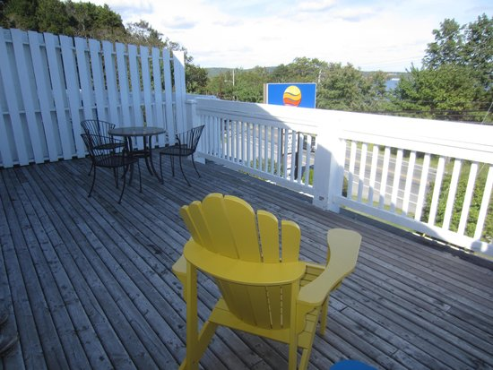 Comfort Inn Halifax: The Deck
