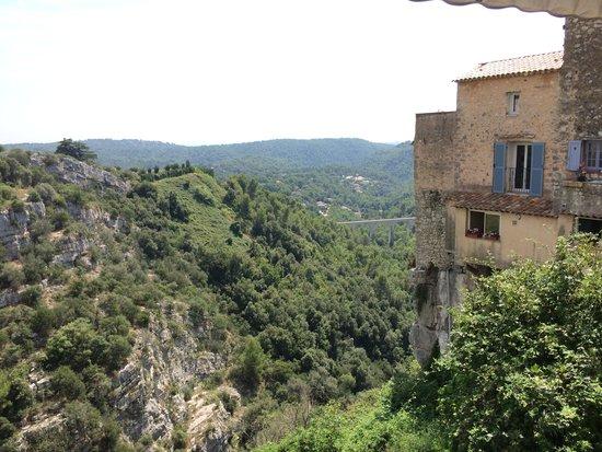La Cave de Tourrettes: The view
