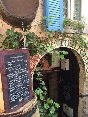 La Cave de Tourrettes: Entrance