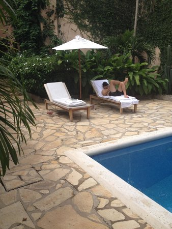 Casa Lucia Boutique Hotel & Yoga Retreat: Chilling at the pool