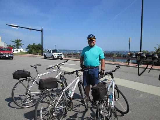 Summer feet 5 lighthouses bike tour lighthouse 2 for Bike rides in maine