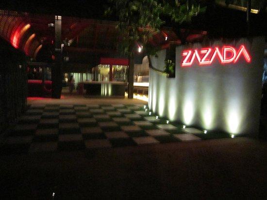 Zazada Beach Club: entrance