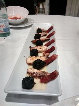 Restaurante-Arrocería El Rincón del Faro: pulpo ahumado