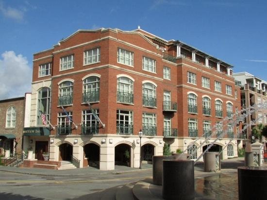 Harbourview Inn : corner view