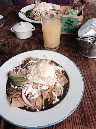 Cate de mi Corazon : Excelente lugar para parar a desayunar!