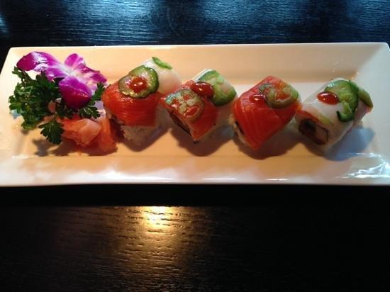 Tsunami Sushi & Hibachi Grill: One Night Stand Roll