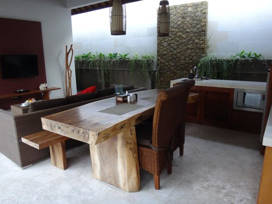 Lumbini Luxury Villas and Spa : Dining area