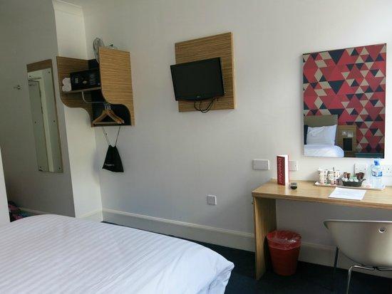 Cityroomz Edinburgh : Main Room 2