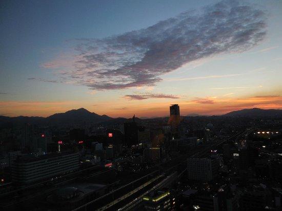 RIHGA Royal Hotel Kokura: キレイな夕焼けでした。
