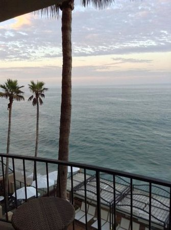 Surf & Sand Resort: hotel balcony room 434