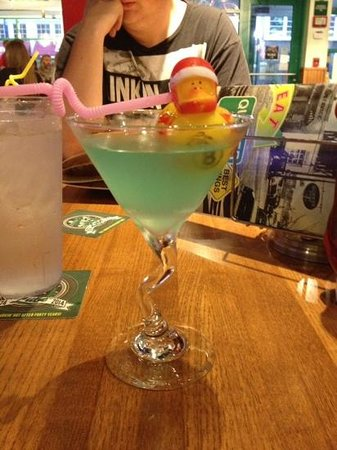 Quaker Steak & Lube: Duck Duck Goose! Awesome drink!!!