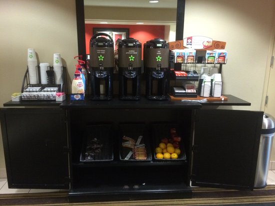 Extended Stay America - Orange County - John Wayne Airport : grab and go breakfast